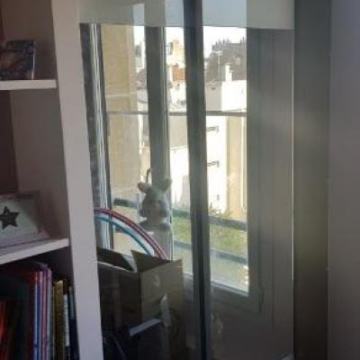 Fourniture et pose de portes coulissantes  - Installation rapide et sans poussière !!