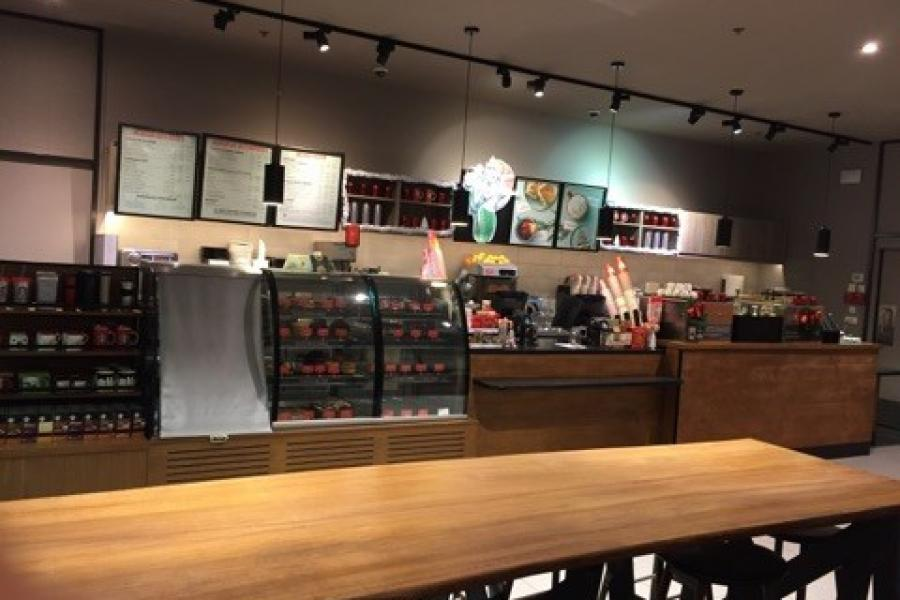 Starbucks So Ouest à levallois